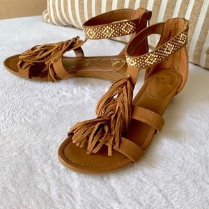 REPORT Sandals Size 6.5